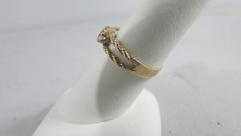 White Stone Lady's Stone Ring 14K Yellow Gold 2.95g Size:7.5