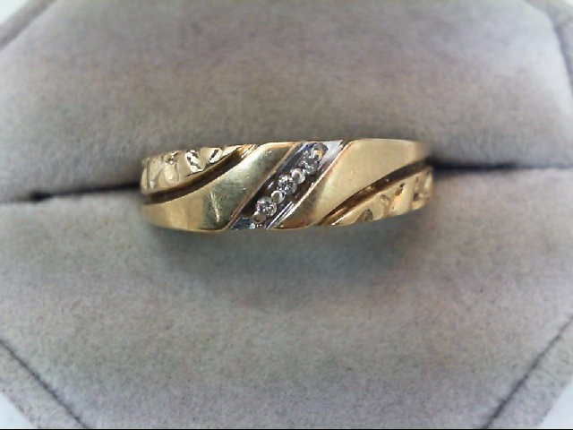 Gent's Gold-Diamond Wedding Band 3 Diamonds .03 Carat T.W. 10K Yellow Gold 3.1g