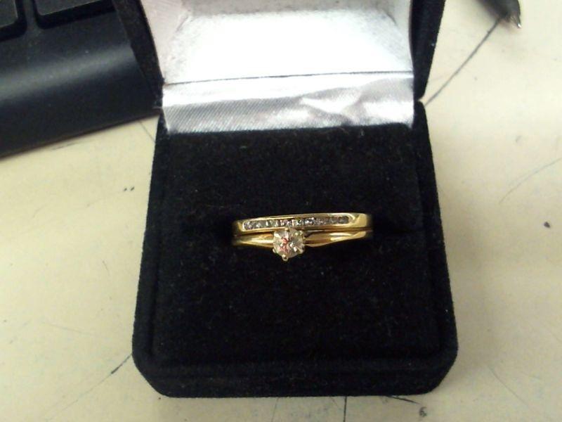 Lady's Diamond Wedding Set 11 Diamonds .20 Carat T.W. 14K Yellow Gold 2.7g