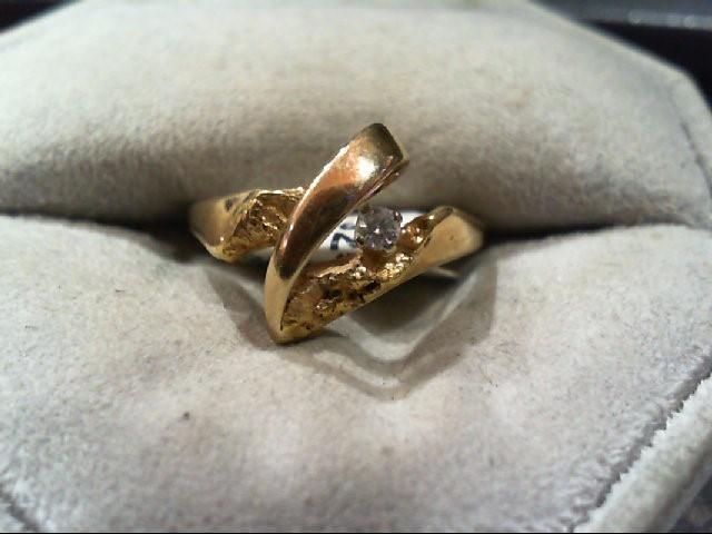 Lady's Diamond Fashion Ring .07 CT. 14K Yellow Gold 2.8g
