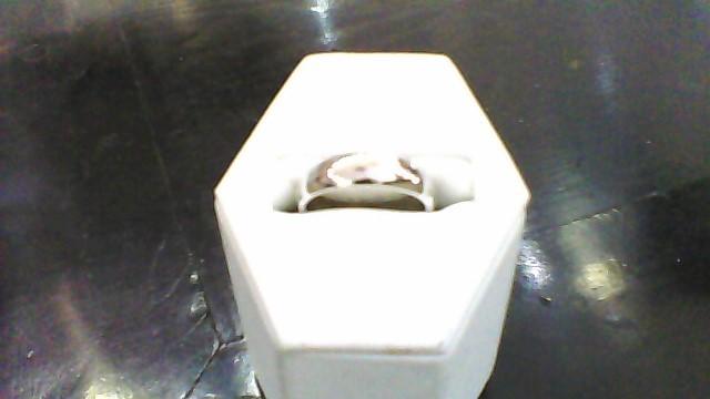 lady's 14k white gold sz 7 wed band 4 g