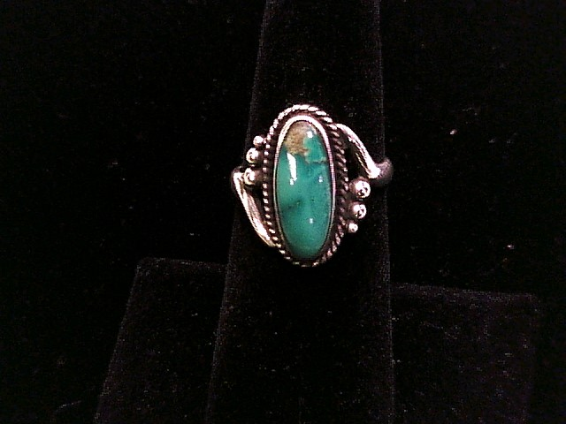 STERLING SILVER RING W/TURQUOISE