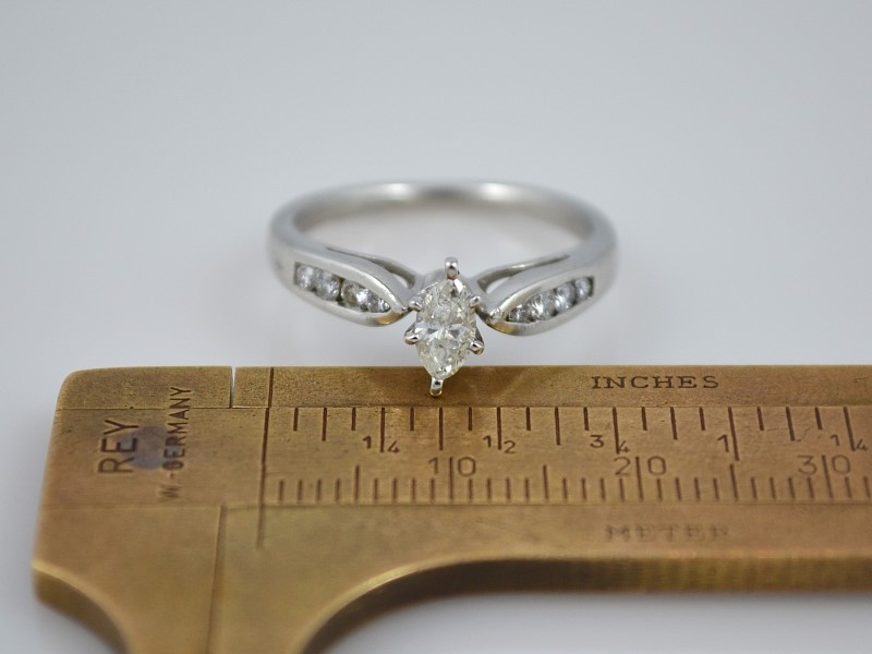 VINTAGE MARQUISE NATURAL DIAMOND SOLID 950 PLATINUM RING ENGAGE WED