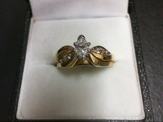 Lady's Diamond Wedding Set 5 Diamonds 0.43 Carat T.W. 14K Yellow Gold 4.7g