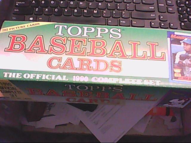 TOPPS Sports Memorabilia BASEBALL CARDS