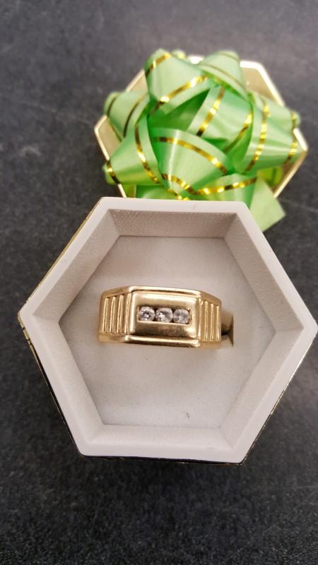 Gent's Diamond Fashion Ring 3 Diamonds .15 Carat T.W. 14K Yellow Gold 11.6g