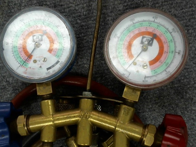 JB INDUSTRIES Miscellaneous Tool MANIFOLD GAUGE AND HOSE SET, WITH HOSES