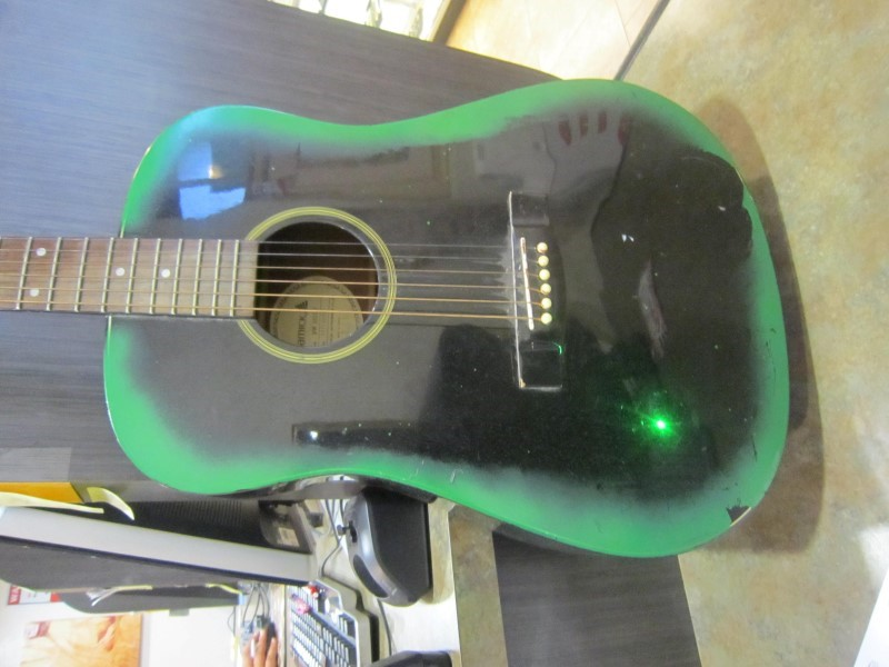 SAMICK Acoustic Guitar SW015D