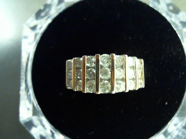 Lady's Diamond Fashion Ring 21 Diamonds 1.11 Carat T.W. 14K Yellow Gold 4.6g