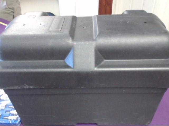 MASTER MOLDERS PLASTIC BATTERY BOX BLACK PLASTIC BATTERY BOX