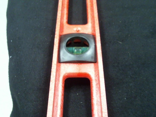 Level/Plumb Tool LEVEL