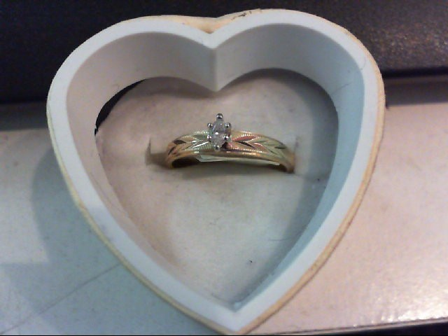 Lady's Diamond Engagement Ring .08 CT. 14K Yellow Gold 1.8g
