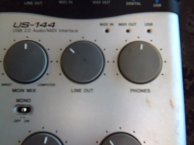 TASCAM Mixer US-144
