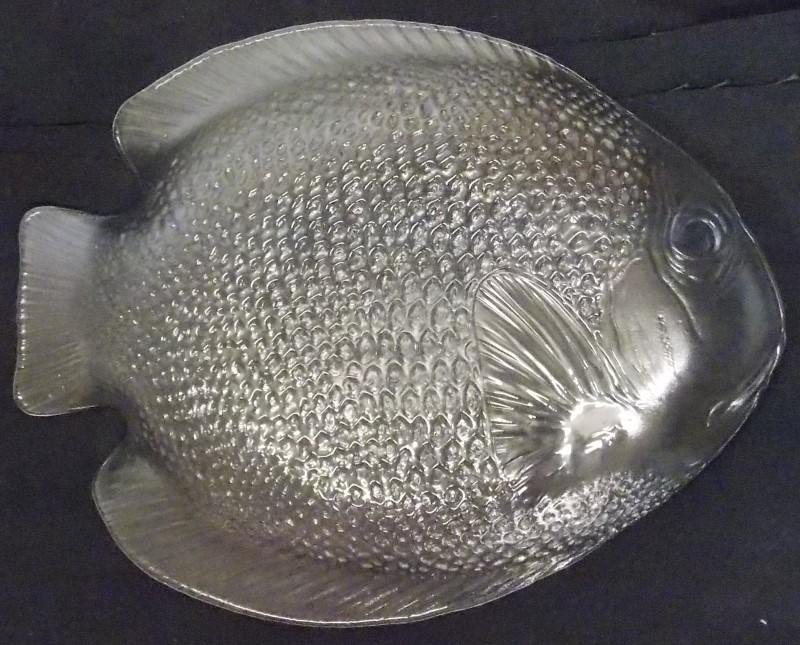 18 Arcoroc France Poisson glass fish plates 3 sizes + 4 glass bowls