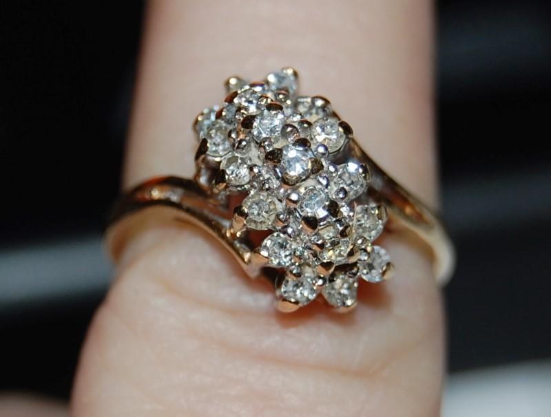 Lady's Diamond Cluster Ring 19 Diamonds .76 Carat T.W. 14K Yellow Gold 3.7g