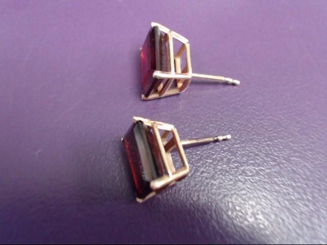 Almandite Garnet Gold-Stone Earrings 10K Yellow Gold 0.9g