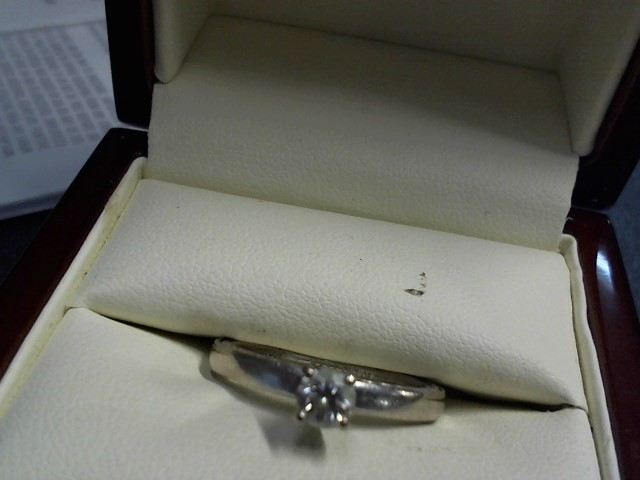 Lady's Diamond Solitaire Ring .29 CT. 14K White Gold 3.87g