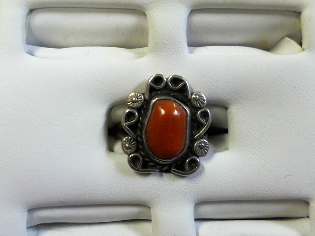 Lady's Silver Ring 925 Silver 5.1g