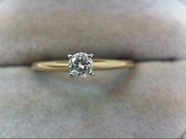 Lady's Diamond Solitaire Ring .20 CT. 14K Yellow Gold 1.6g