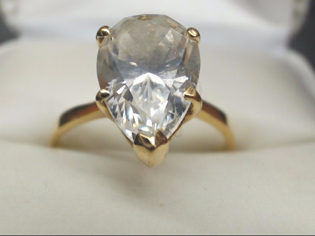 Synthetic Cubic Zirconia Lady's Stone Ring 14K Yellow Gold 3.2g Size:8