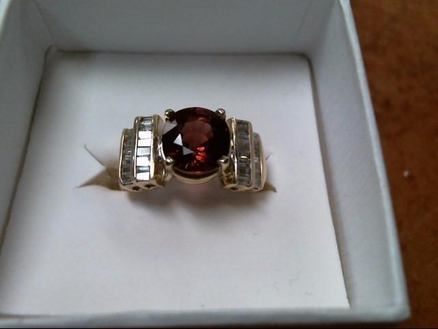 6.9G 14K YELLOW GOLD RED TOURMALINE DIAMOND RING