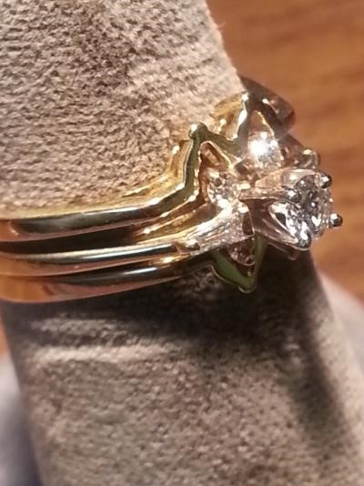 Lady's Diamond Wedding Set 7 Diamonds .36 Carat T.W. 18K Yellow Gold 3.9dwt
