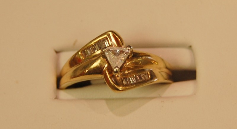 Lady's Diamond Solitaire Ring .30 CT. 14K Yellow Gold 3.4g