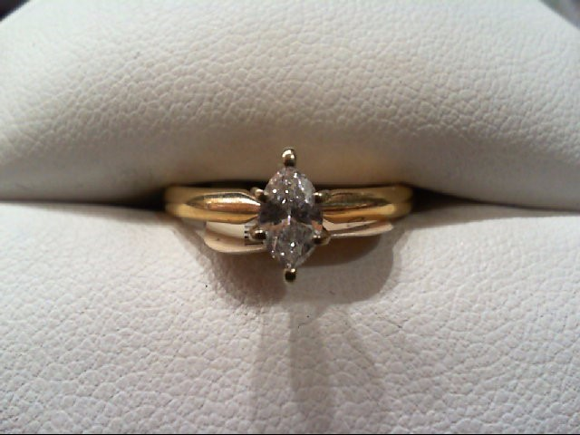 Lady's Diamond Engagement Ring .35 CT. 14K Yellow Gold 2.2g