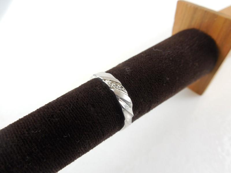 Gent's Silver-Diamond Ring 3 Diamonds 0.03 Carat T.W. 925 Silver 1.7g Size:7.5