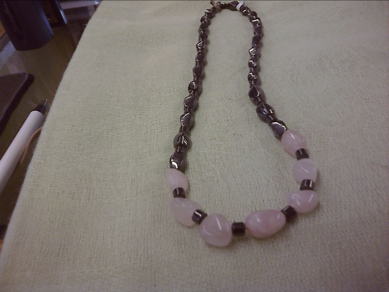 NECKLACE COSTUME JEWELRY JEWELRY; HEMATITE AND ASSORTED BEADS BEADED NECKLACE