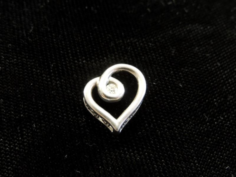 Silver-Diamond Pendant .20 CT. 925 Silver 2g
