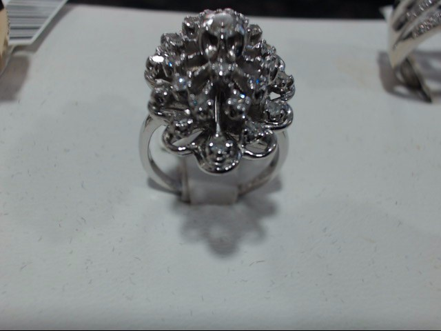 Lady's Gold Ring 14K White Gold 8.7g