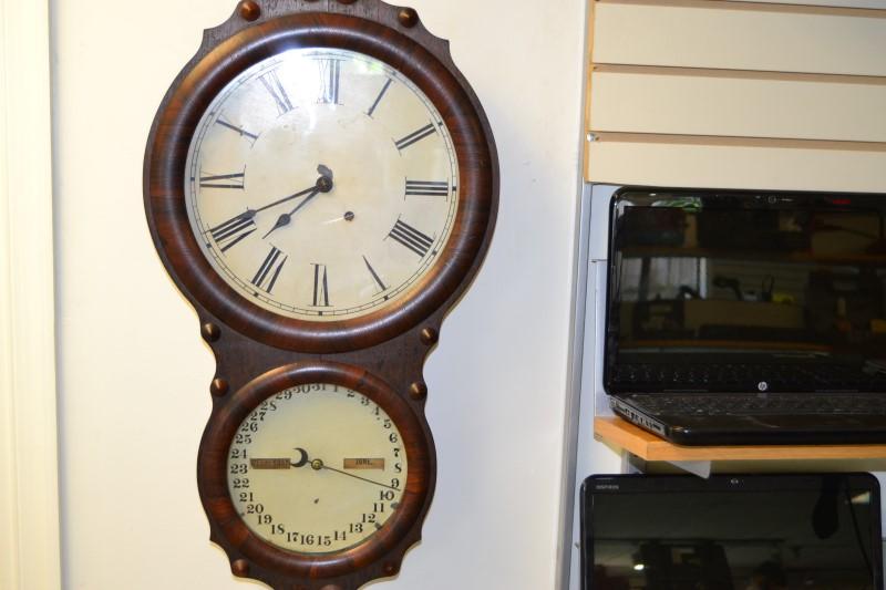 SETH THOMAS ANTIQUE OFFICE CALENDER CLOCK