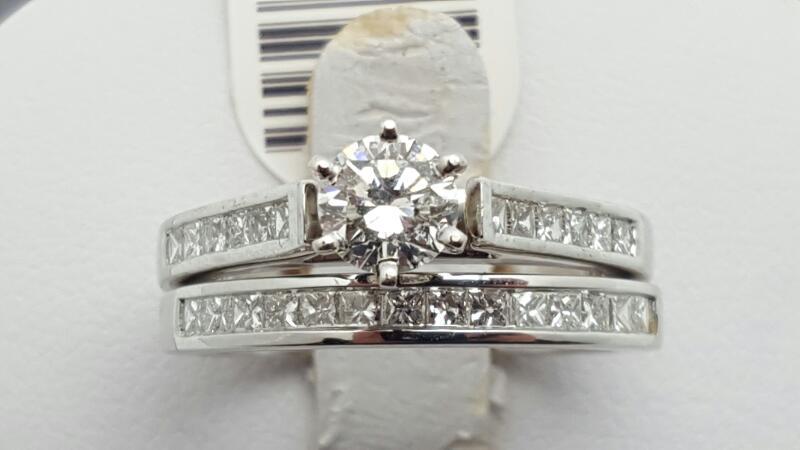 Lady's Diamond Engagement Ring 27 Diamonds 1.15 Carat T.W. 14K White Gold 6g Siz