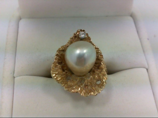 Pearl Lady's Stone & Diamond Ring 0.03 CT. 14K Yellow Gold 7.7g Size:5