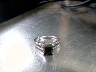 Black Stone Lady's Stone Ring 14K White Gold 3.5g