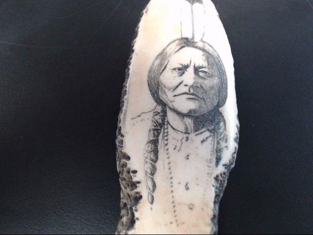 RESIN HUNTING KNIFE CARVED INDIAN CHIEF IMAGE