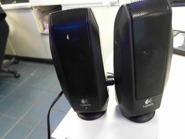 LOGITECH Computer Speakers S-120