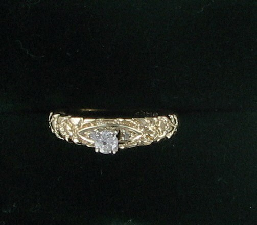 Lady's Diamond Engagement Ring .10 CT. 14K Yellow Gold 2.2dwt