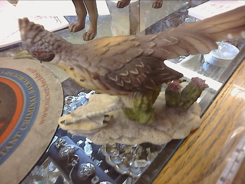 ROADRUNNER FIGURINE