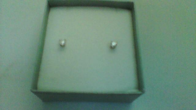 Gold-Diamond Earrings 2 Diamonds .20 Carat T.W. 14K White Gold 0.4g