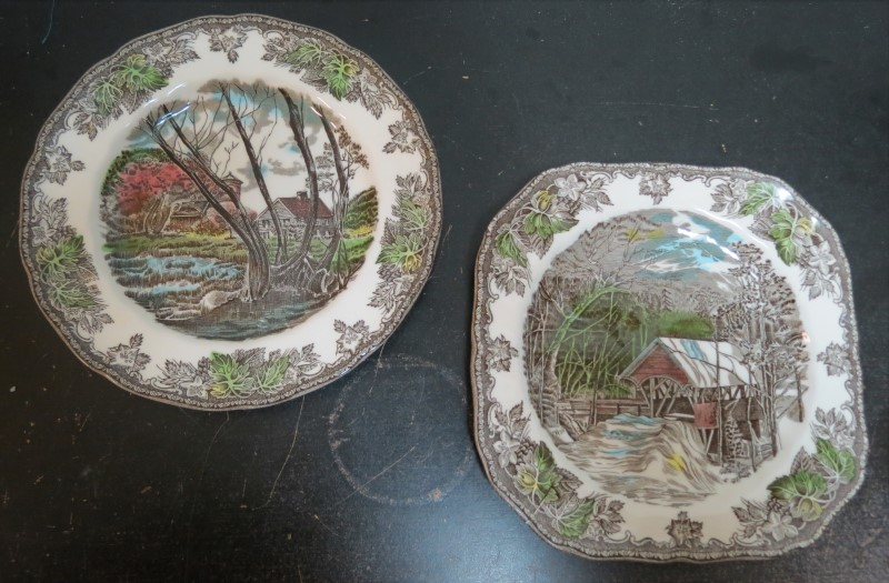"PAIR (2) THE FRIENDLY VILLAGE 7"" VINTAGE PLATES, BRIDGE & WILLOW"