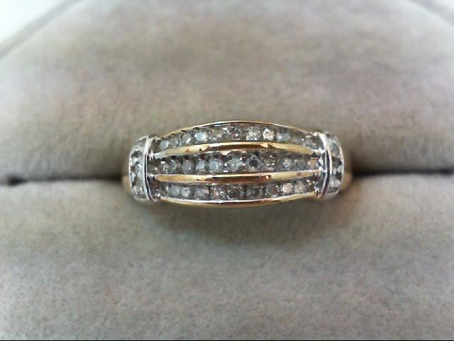 Lady's Diamond Wedding Band 39 Diamonds .39 Carat T.W. 10K 2 Tone Gold 2.5g