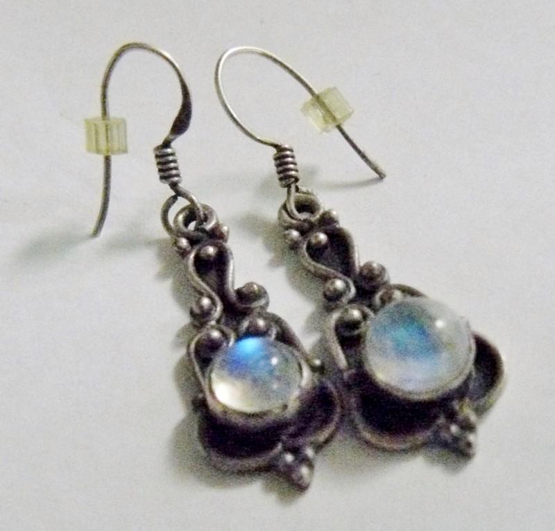 Bali Moonstone Silver-Stone Earrings 925 Silver 3.4dwt