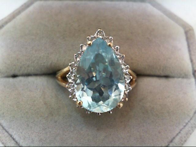 Blue Topaz Lady's Stone & Diamond Ring 20 Diamonds .20 Carat T.W.