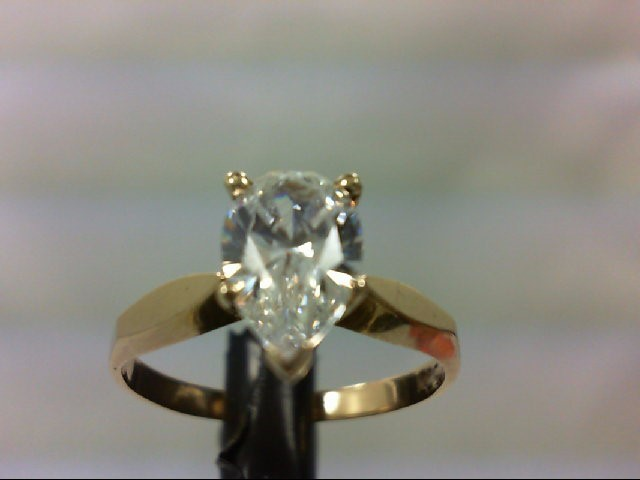 Cubic Zirconia Lady's Stone Ring 10K Yellow Gold 2.4g Size:6.75