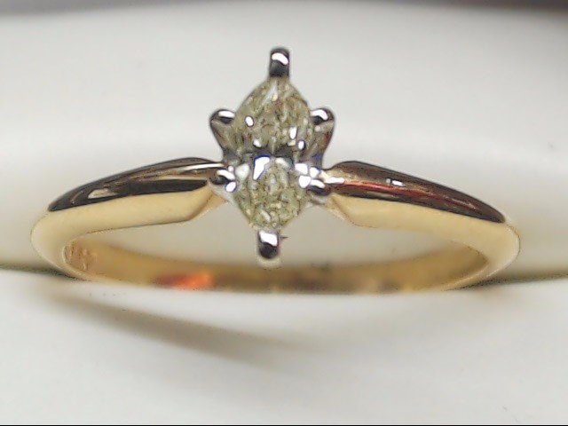 Lady's Diamond Engagement Ring .27 CT. 14K Yellow Gold 1.9g Size:6.3