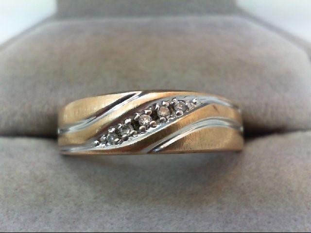 Gent's Gold-Diamond Wedding Band 5 Diamonds .05 Carat T.W. 10K Yellow Gold 4.2g