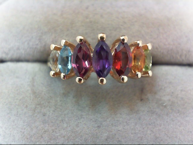 Lady's Gold Ring 10K Yellow Gold 3.1g