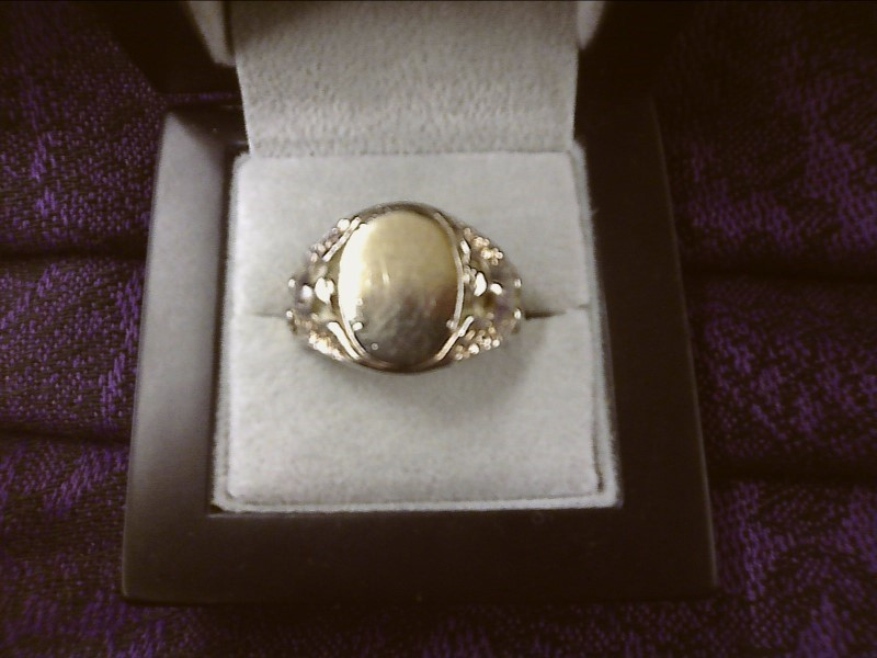 STERLING SILVER PLATED RING W/ OVAL SPACE & EAGLES SIZE: 13